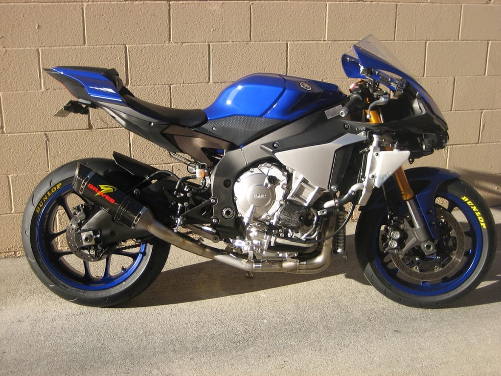 Graves motorsports 2015 yamaha r1 full titanium exhaust system for Yamaha exhaust systems