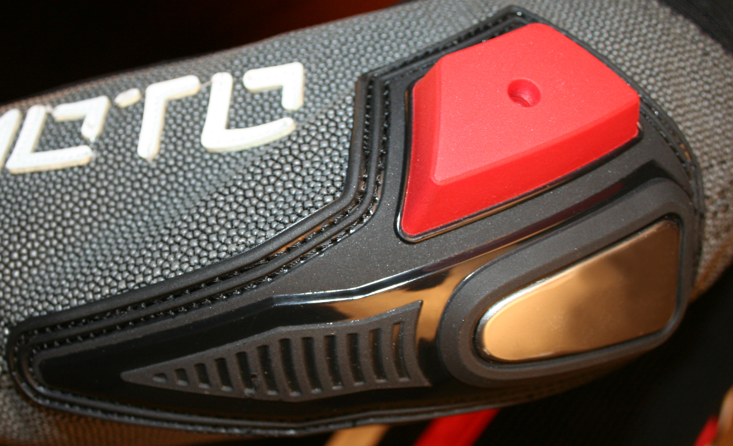 AlienMoto A51RR Evolution Elbow Sliders-2